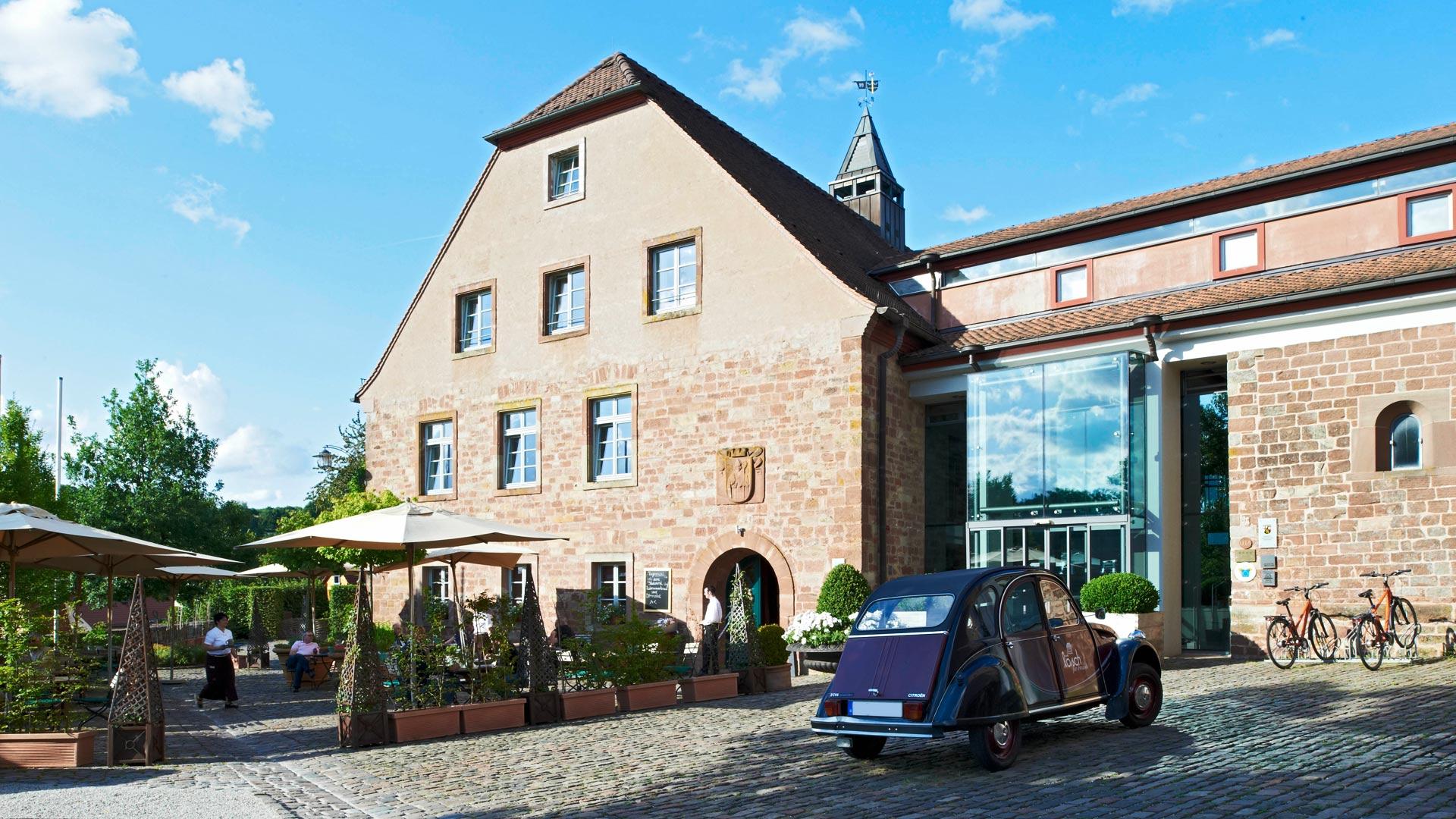 Ihr idyllisches Hotel in der Pfalz » Kloster Hornbach in der ...